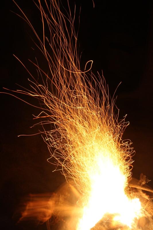 sparks up